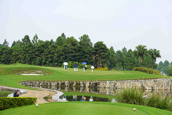 Van Tri Golf Club : The First Exclusively Private Golf Estate at North Vietnam
